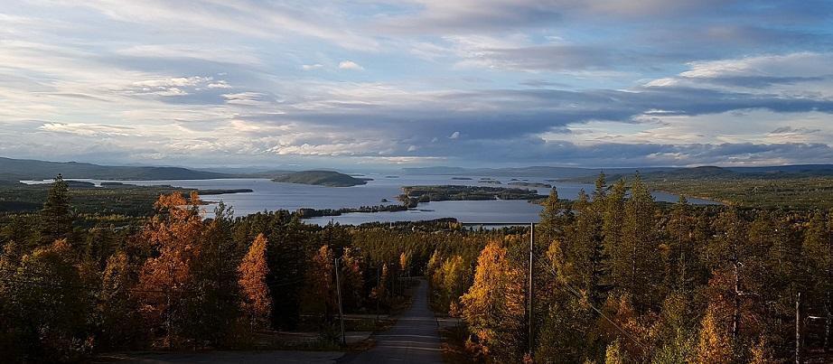 Seenlandschaft in Lappland